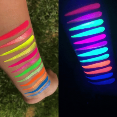 lit cosmetics electrics/ neons